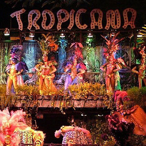 Tropicana Cabaret in Old American Classic Car - Offer 3