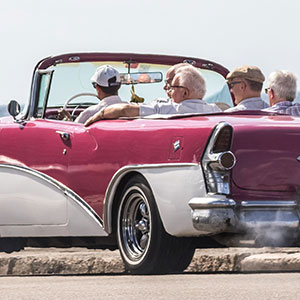 Havana City Tour in Old American Convertible Car - plus lunch and tickets