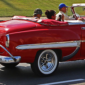 OLD AMERICAN CLASSIC CARS - CONVERTIBLE